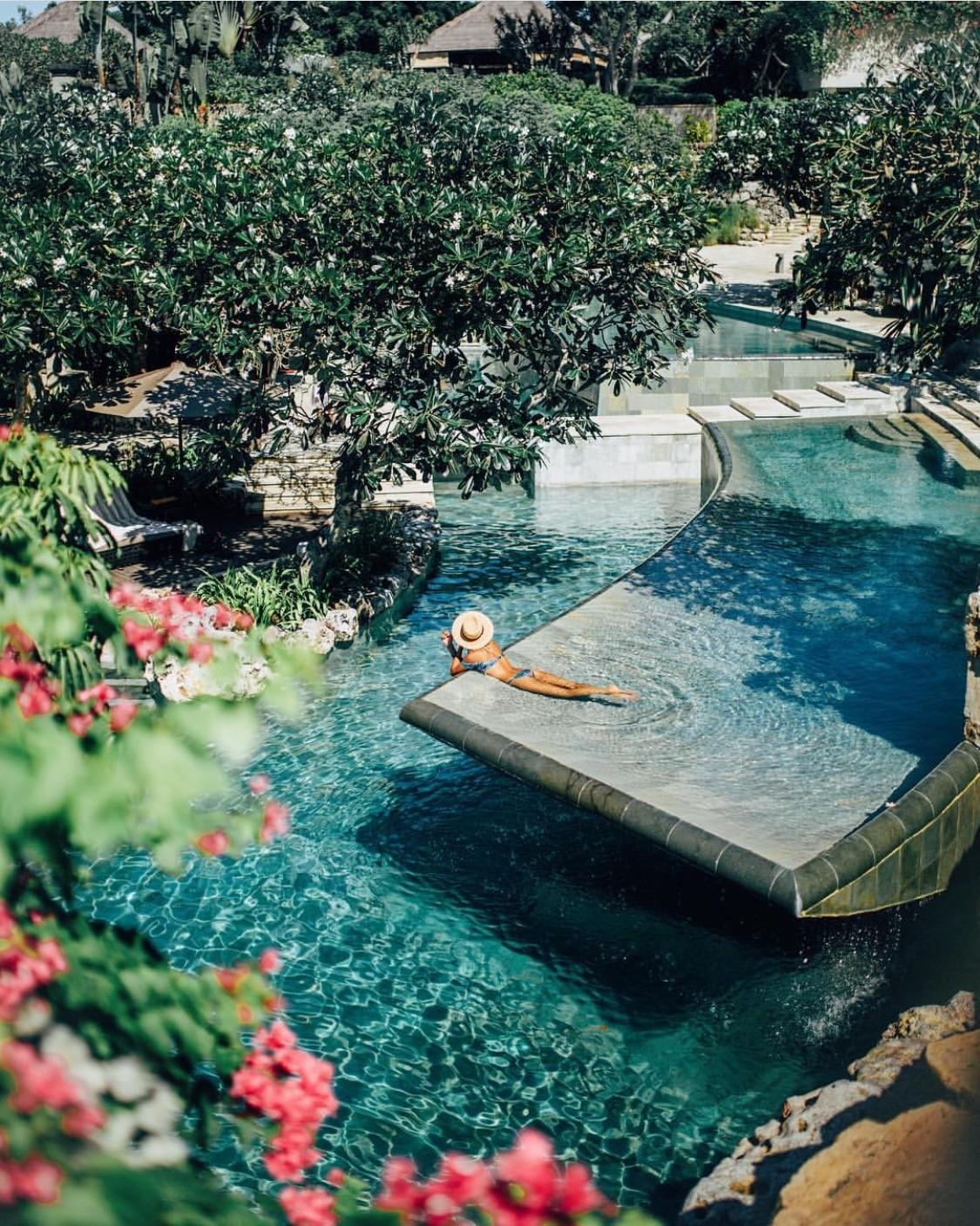 Swim Resort Bali - AYANA Resort and Spa