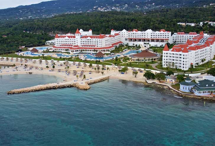 Best Hotels in Jamaica Secrets Grand Bahia
