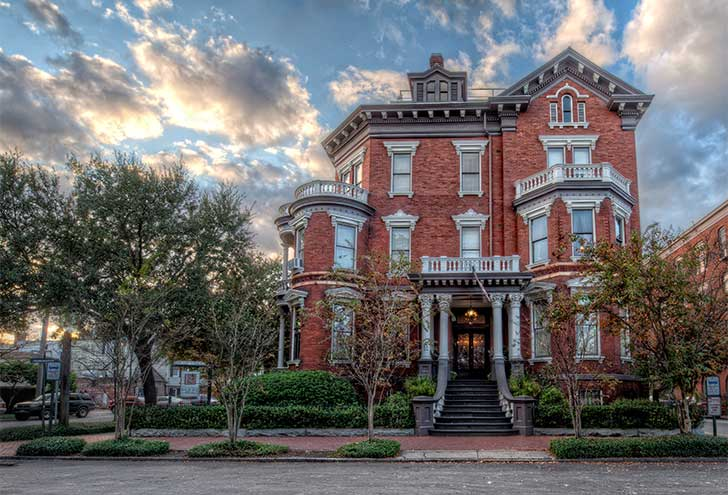 Best-Hotels-in-Savannah-GA-Kehoe-House