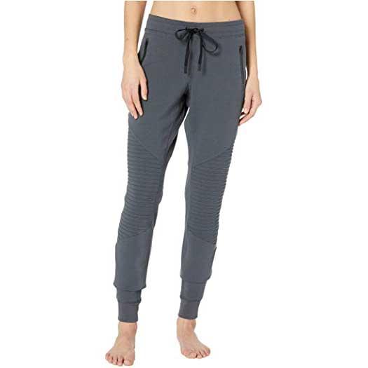 Best-Sweatpants-for-Women-Alo-Yoga