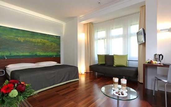 Best-hotels-in-Lucerne-Switzerland-Hotel-waldstatterhof