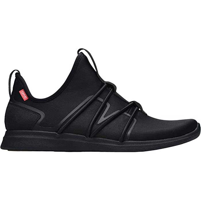 Black-Sneakers-Skye
