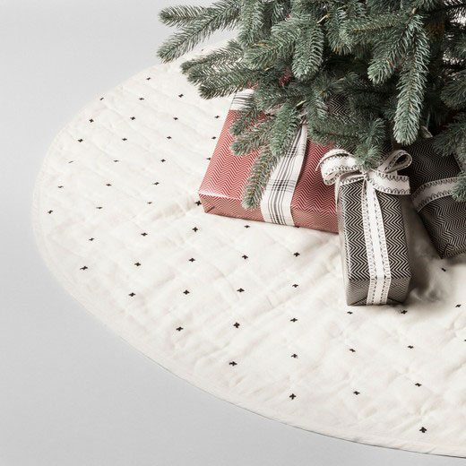 Farmhouse Quilted Christmas Tree Skirt