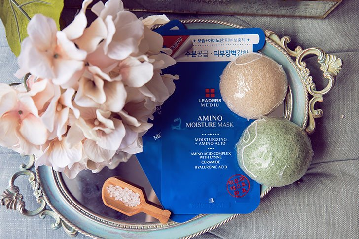 cleansing review with japanese konjac sponge