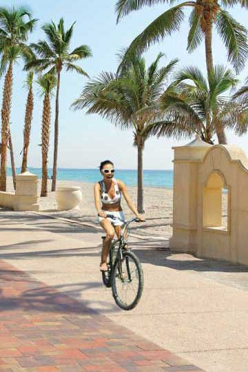 best time to visit Ft Lauderdale for affordable hotel