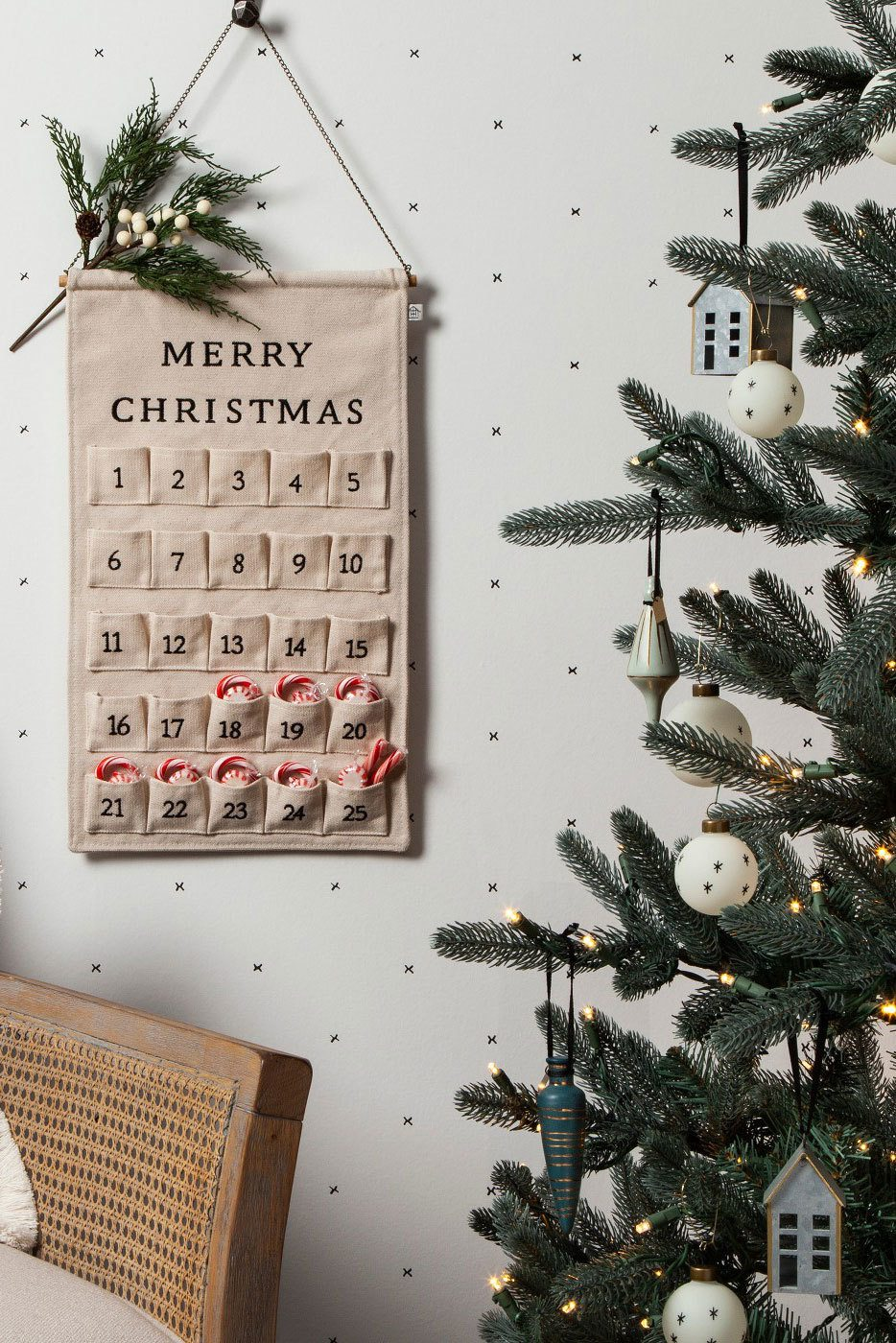 Rustic Christmas Tree Decor Ideas