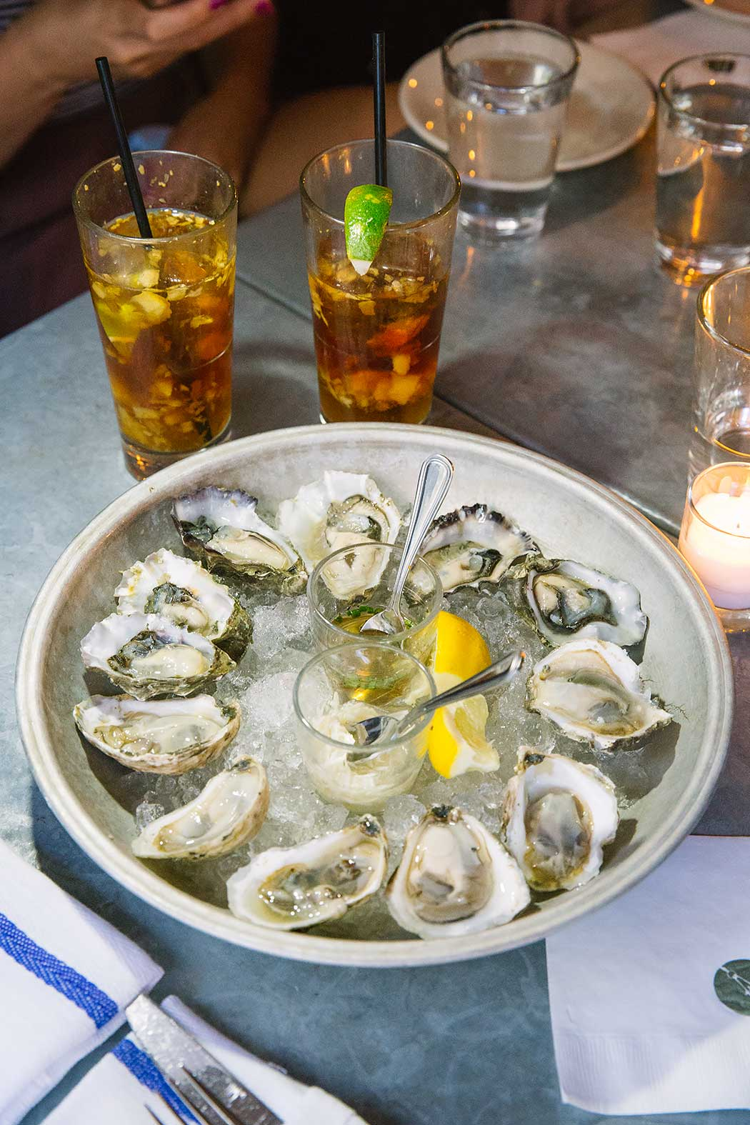 Smith-&-Mills-Tribeca-NYC-Oysters-and-Rose