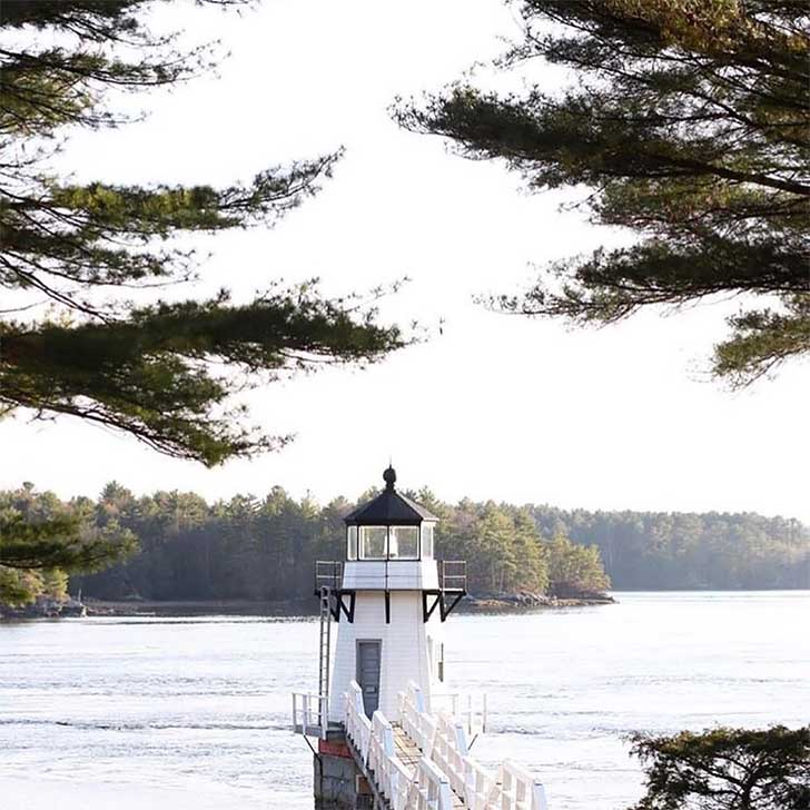 The-Best-Coastal-Drives-in-the-World-Eastern-Maine-light-houses-road-trip