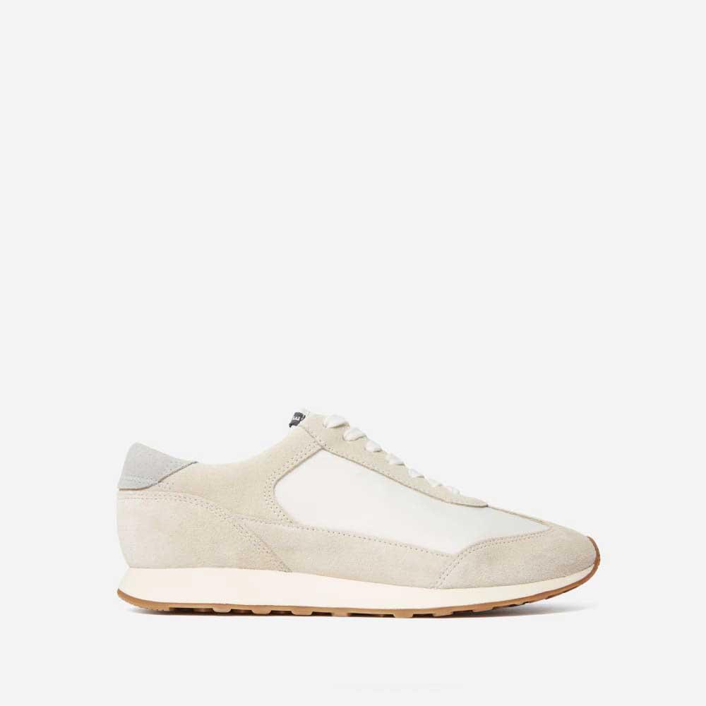 Trendy-Sneakers-Everlane