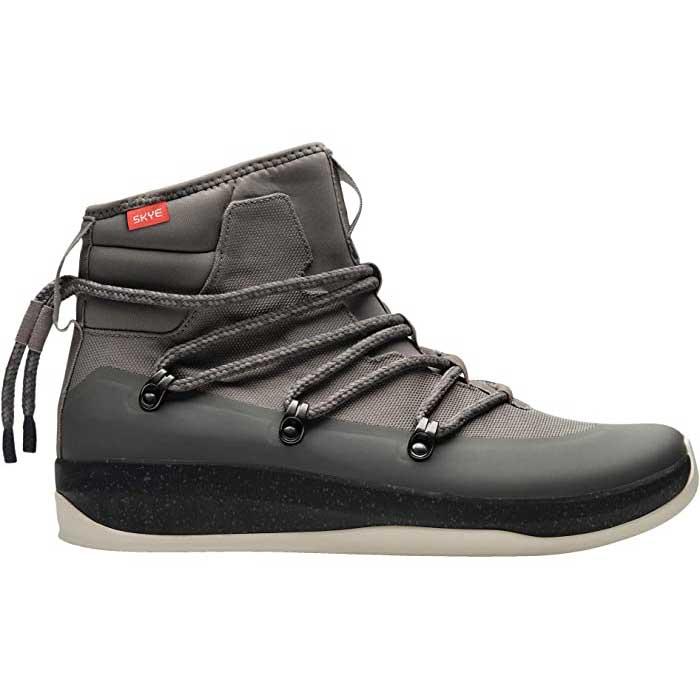 Trendy-Sneakers-Skye