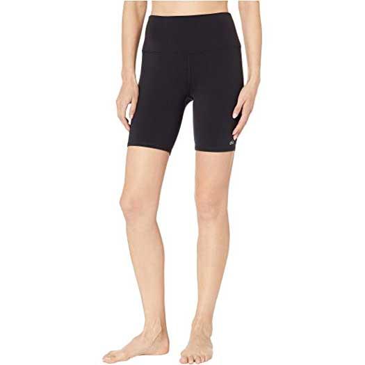 Yoga-Shorts-Alo