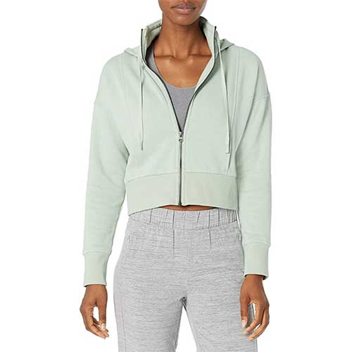 amazon-fashion-finds-cropped-sweatshirt