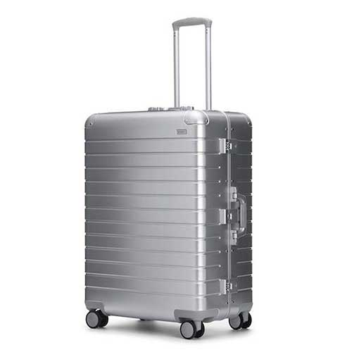 away-luggage-review