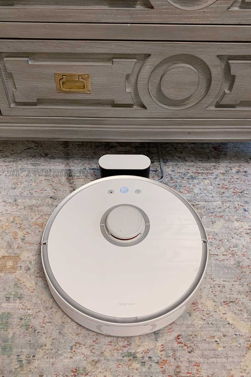 best-robot-vacuum-roomba-vs-roborock