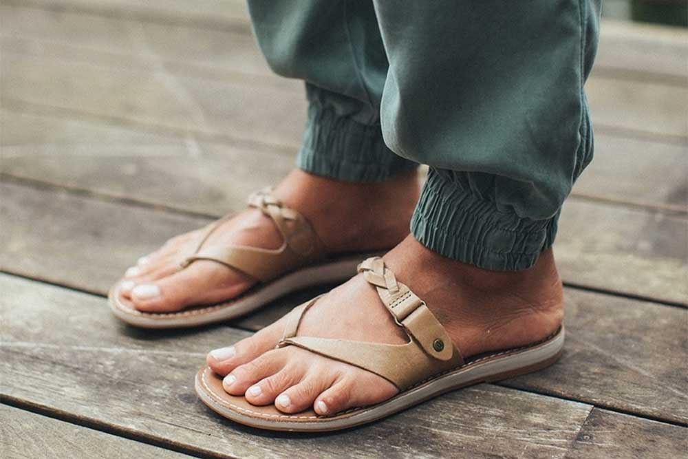 best-sandals-for-walking