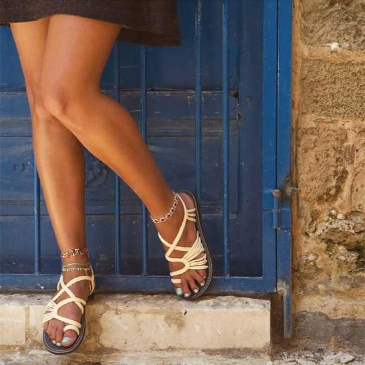 best-walking-shoes-for-travel-women-comfortable-stylish-plaka