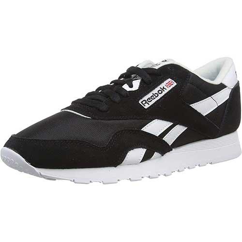 black casual sneakers womens