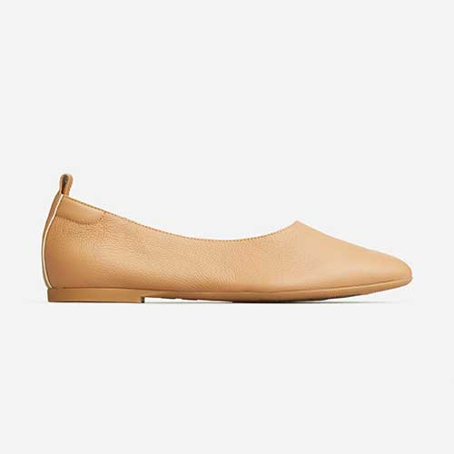buttery-soft-ballet-flats-with-arch-support-everlane