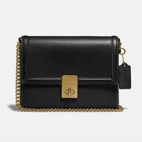 classic-coach-shoulder-bag-with-chain-strap