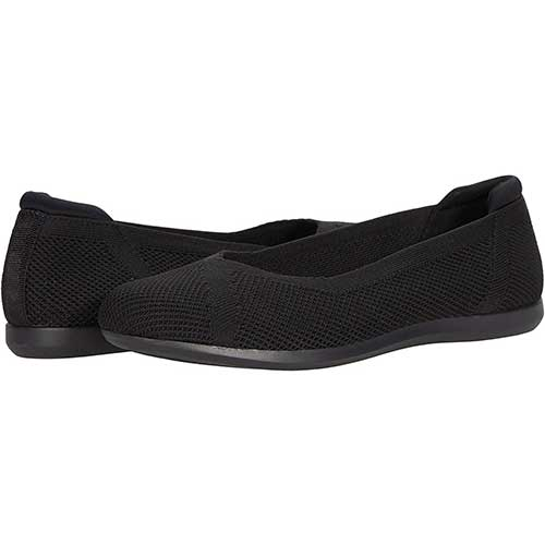 comfortable-knit-flats-with-arch-support