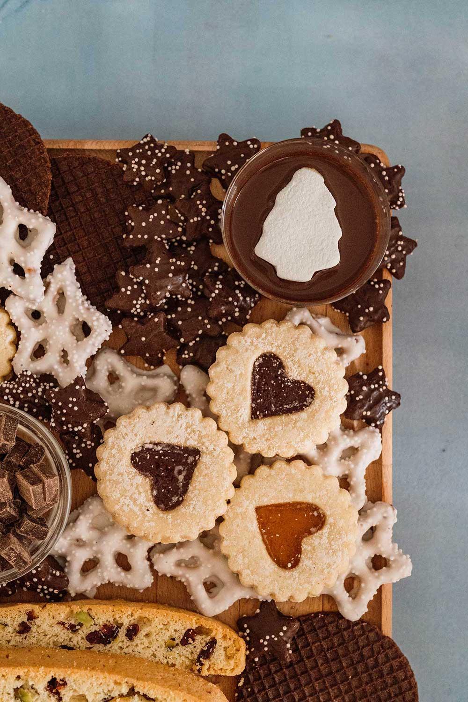 dessert-charcuterie-board