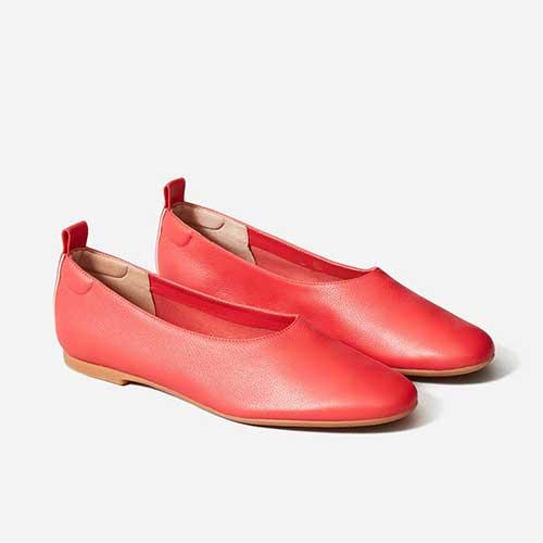 everlane-day-glove-red-flat