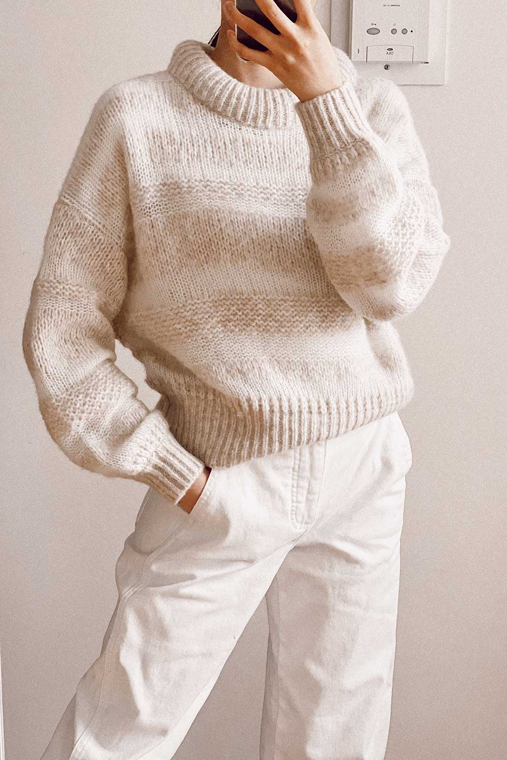 everlane-puff-sweater