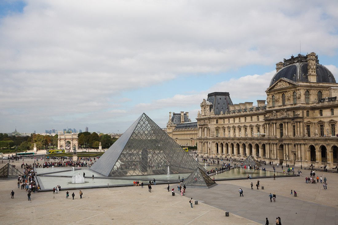 france paris pyramid glass im pei musee de louvre museum photo architecture sher she goes shershegoes1
