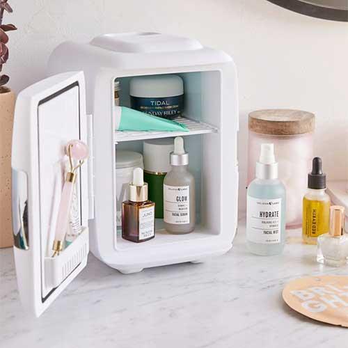 gift-idea-for-sister-beauty-mini-fridge
