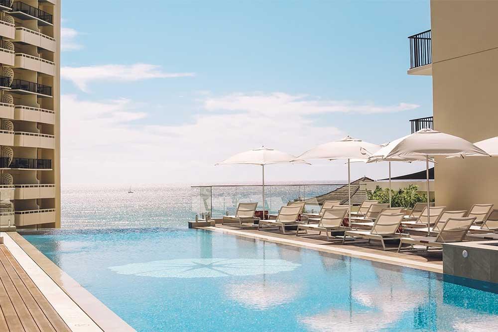 halepuna-waikiki-hotel-oceanfront-view