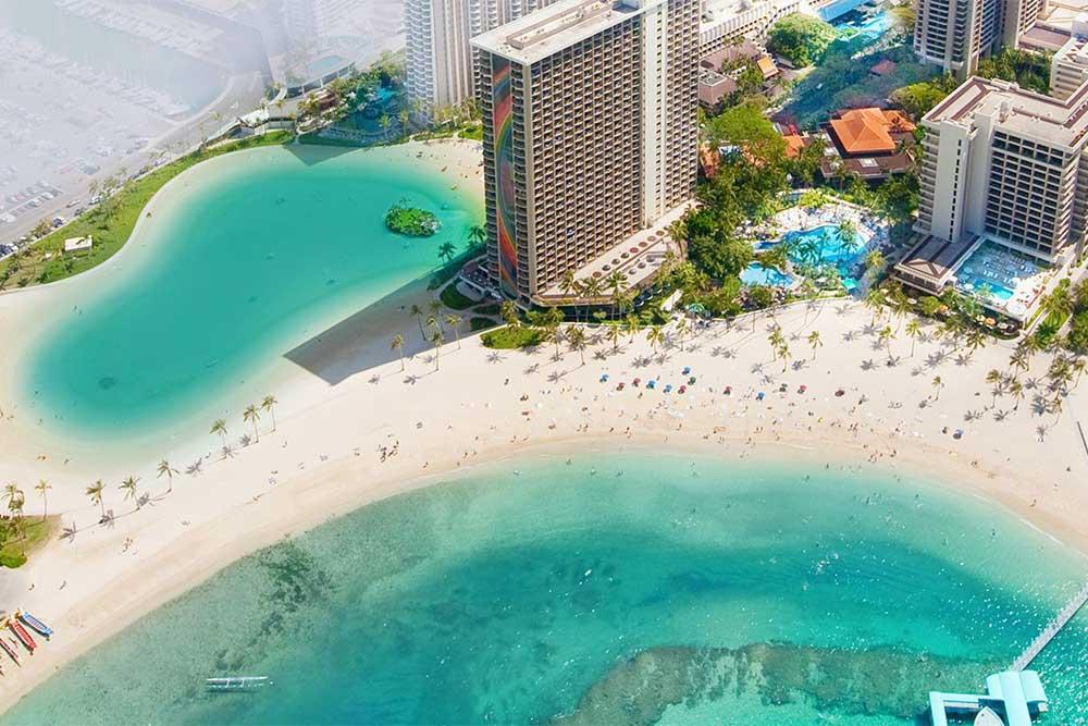 hilton-hawaiian-village-waikiki-beachfront-hotel