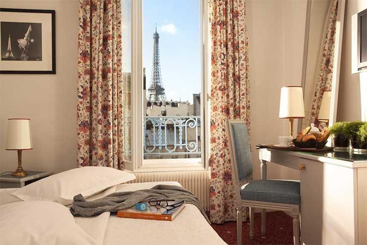 hotel-les-jardins-eiffel-view