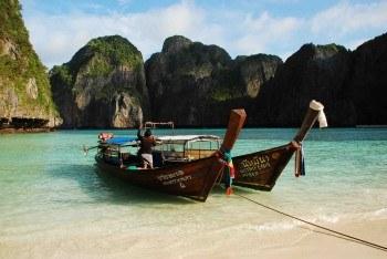 ko phi phi thailand island travel guide shershegoes.com