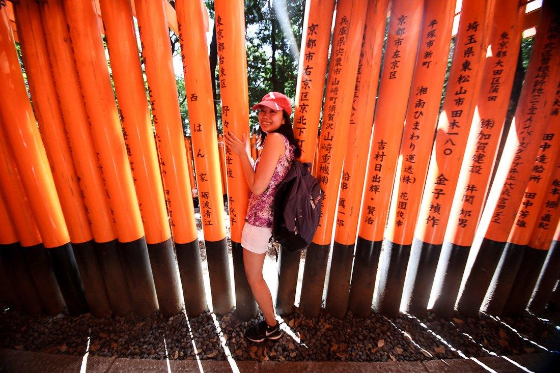 kyoto japan japanese travel fushimi inari shrine temple orange tori gate fox photo shershegoes.com13
