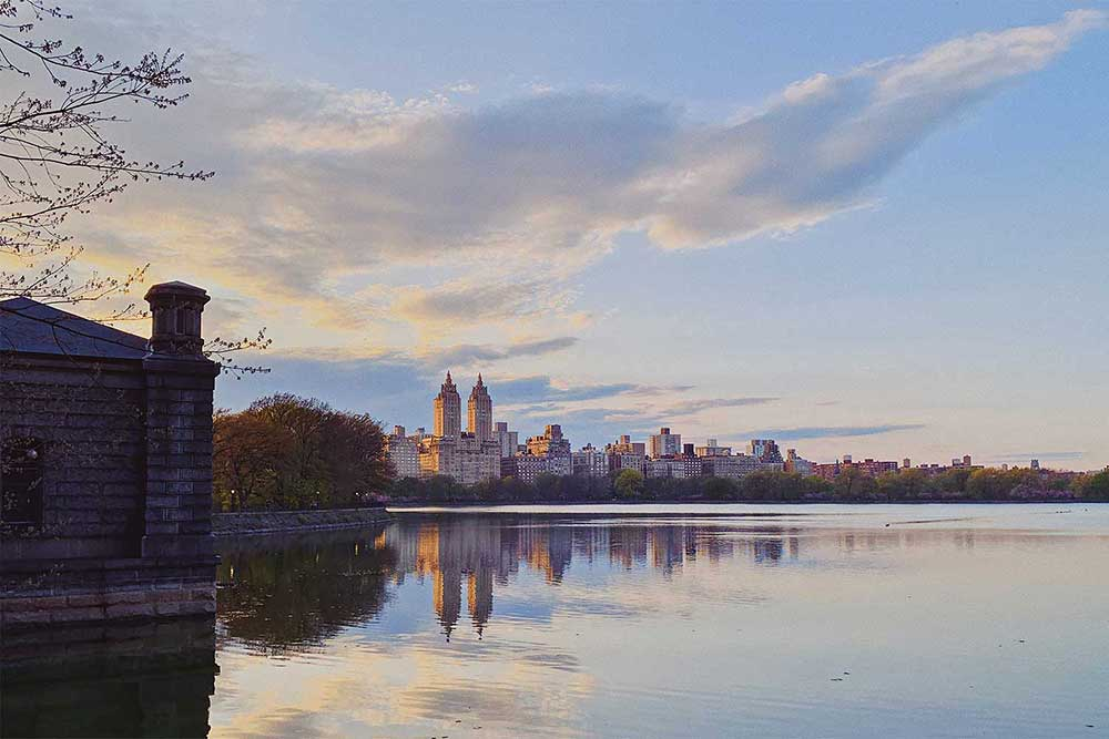 new-york-city-central-park-reservoir-summer