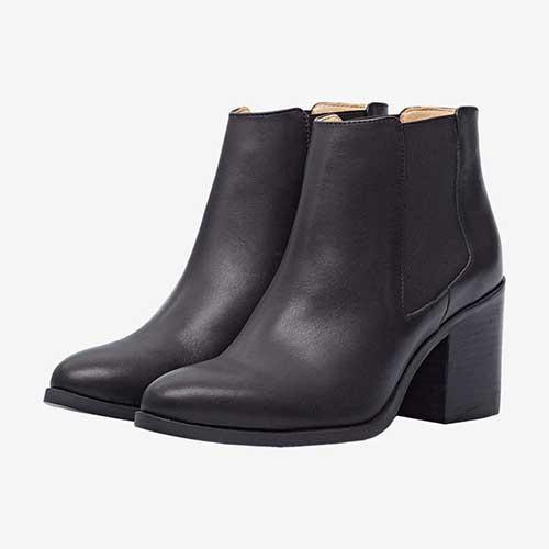 nisolo-heeled-chelsea-boots