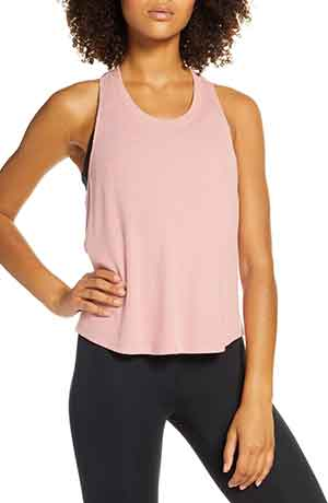 nordstrom-anniversary-sale-work-out-tops