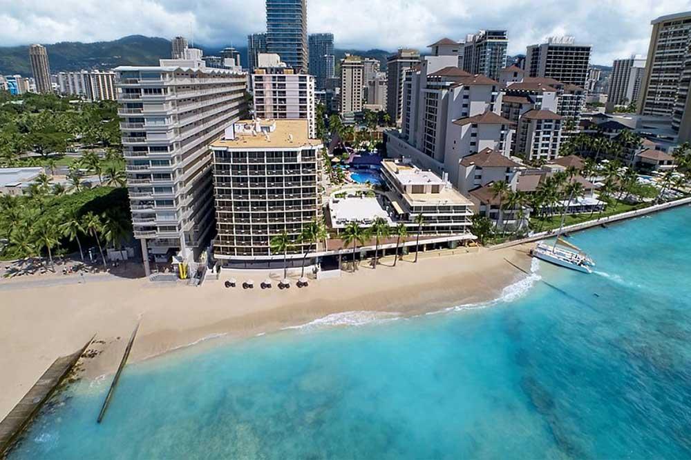 outrigger-reef-waikiki-beachfront-hotel