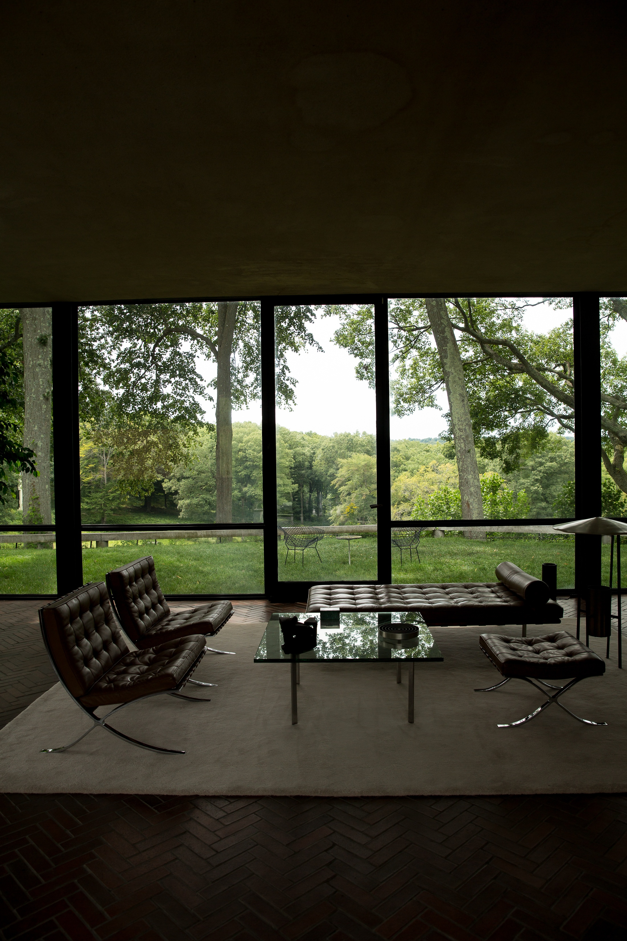 philip johnson the glass house new canaan fujiko nakaya fog exhibition photo shershegoes.com22
