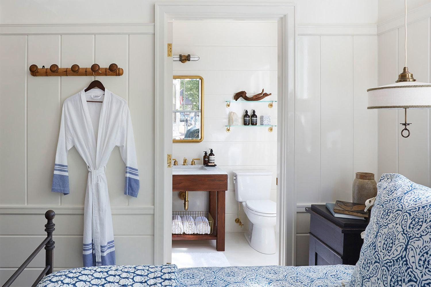 prettiest boutique hotels in downtown nantucket