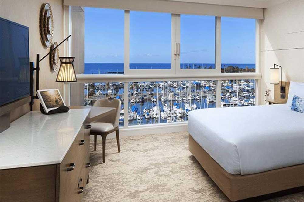 prince-waikiki-hotel-with-ocean-views-of-oahu