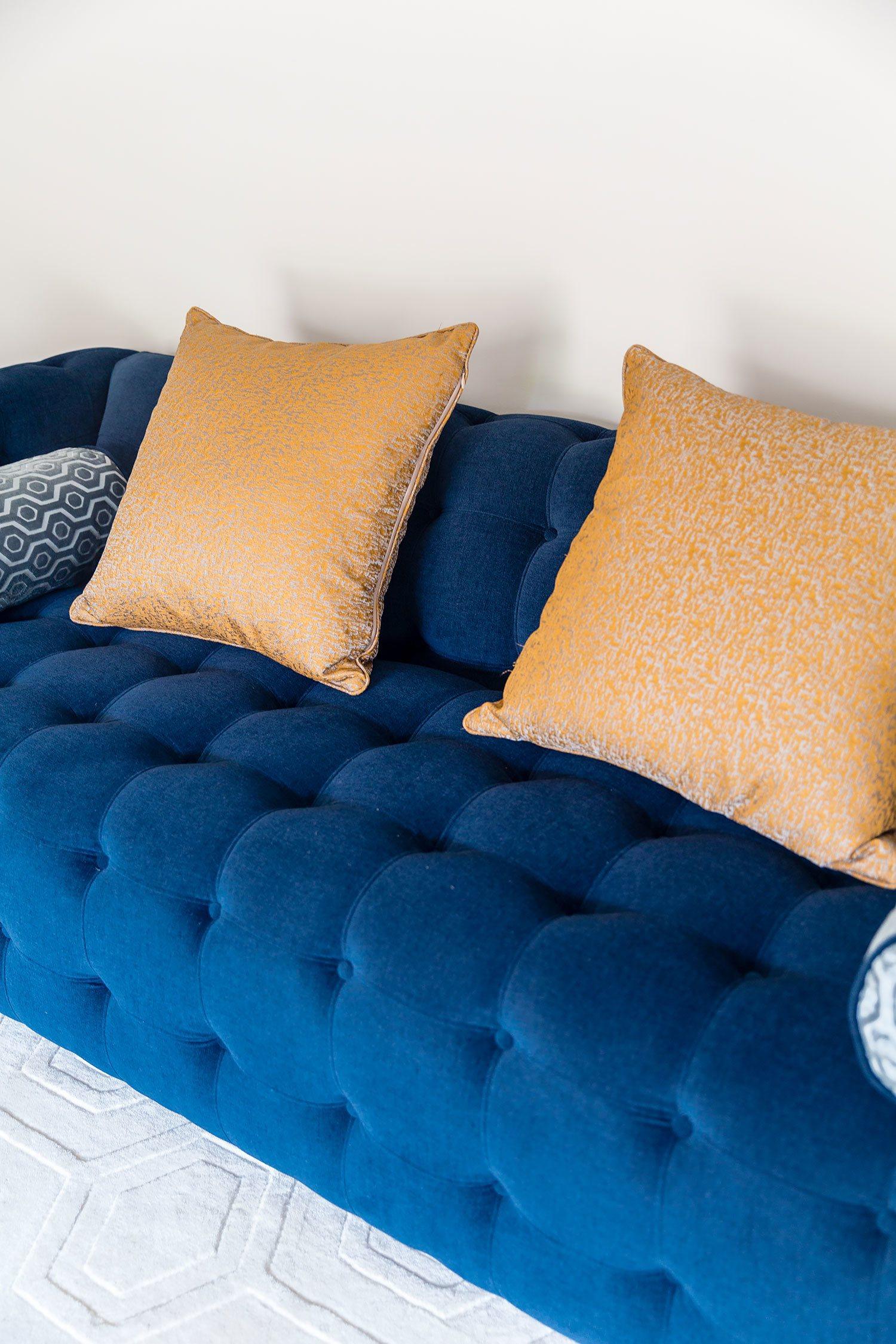 raymour and flanigan diana sofa