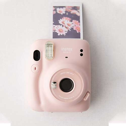 sister-gift-ideas-instant-camera