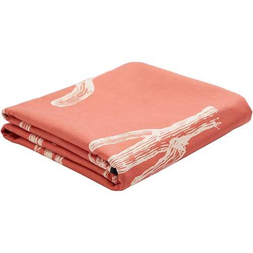 slowtide-lightweight-travel-towel