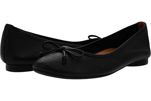 smooth-leather-black-ballet-flats-with-bow