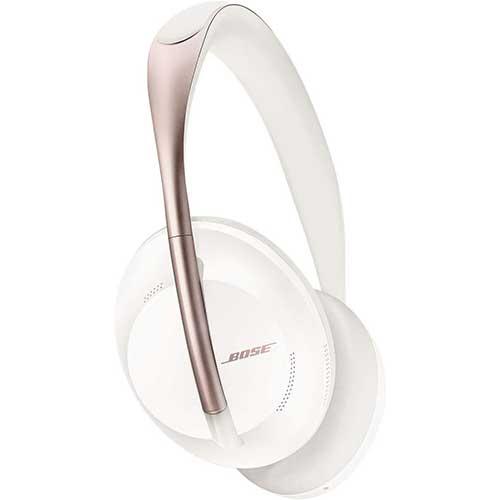 travel-headphones-bose-noise-cancelling-headphones-700