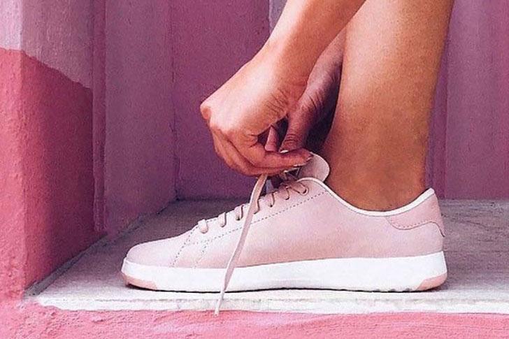 travel-sneakers-cole-haan