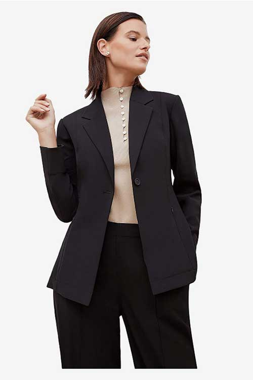 what-to-wear-at-work-suit-jacket