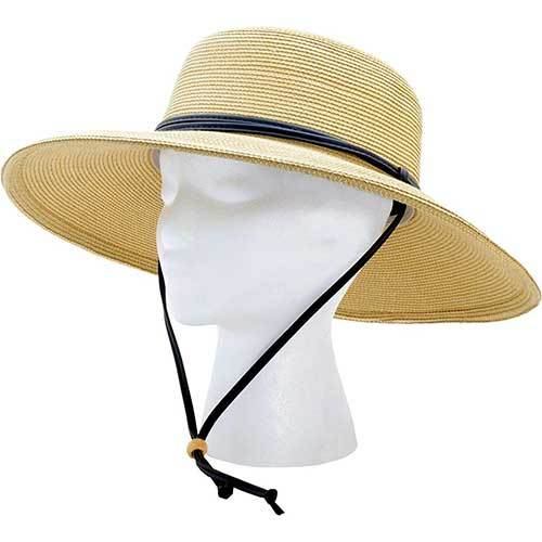 wide-straw-hat-with-spf-protection